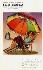 PUBBL.1952 LUIGI BERTOLI PREMIATA FABBRICA OMBRELLONI SPIAGGIA GIARDINO MILANO