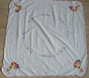 Vintage Embroidered Tablecloth Table runner w/ Lovely Easter Rooster Cock & Eggs