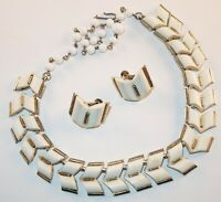 Vintage Coro Pat.Pend. White Thermoset Lucite Arrow Links Necklace Earrings Set