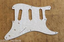 Golpeador Stratocaster Blanco Perlado 8 Agujeros 3 Capas SSS Pickguard Strato 57