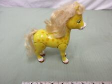 Strawberry shortcake plastic honey pie pony yellow blonde hair legs move smile