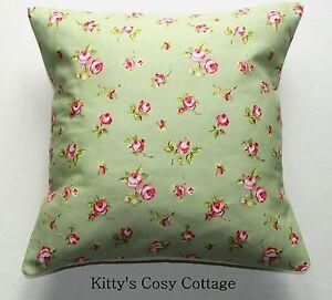 "16"" 'English Meadow' fabric cushion cover"