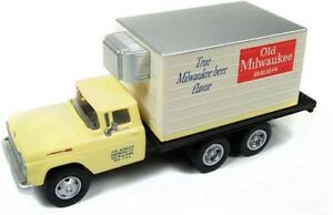 Classic Metal Works # 30507 1960 Ford Reefer Del Truck Old Milwaukee Beer HO MIB