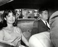 PRESIDENT-ELECT JOHN F DA939 KENNEDY /& JACQUELINE HOLDING JOHN JR 8X10 PHOTO