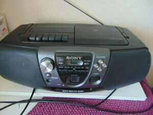 Sony  CFD - V6 -  Radio Kassetten CD - Boombox
