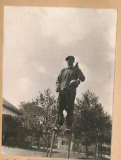 LÉON  c. 1935 - 28 Photos Étang Campement Homme Échasses Village Landes - Pl 669
