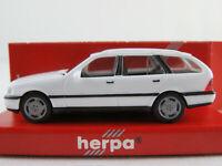 Herpa 022095 Mercedes-Benz C-Klasse T-Modell (1996-2001) in weiß 1:87/H0 NEU/OVP
