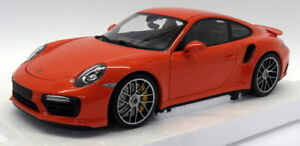 Minichamps 1/18 Scale 110 067120 Porsche 911 Turbo S 2016 Orange