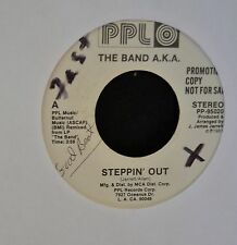 HEAR IT MODERN SOUL GREAT 2 SIDER The Band AKA PPLO 95020 Steppin' Out