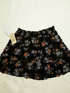 NWT Junior's Live to Be Spoiled Tiered Smocked Mini Skirt Black Floral Print XL