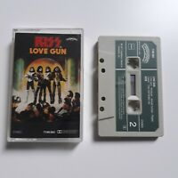 KISS LOVE GUN CASSETTE TAPE 1977 GREEN PAPER LABEL CASABLANCA NETHERLANDS
