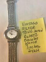 Vintage Ladys Silver Tone Japan Quartz Bracelet Watch 7 Inches 24mm Running