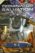 TERMINATOR SALVATION T-I ROBOT KILLER TANK COLLECTOR FIGURE WITH FIRING MISSILES