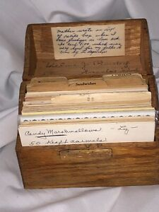 Vtg 1920's Wooden Oak Dovetail Recipe Box with Recipes Typed Handwritten Cut Out