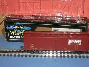 "Weaver ""O"": B&M -BROOKSIDE Milk & Cream Reefer. Scale 3 rail. New in box, C-10bd"