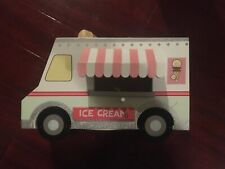 BRAND NEW ICE CREAM TRUCK BIRD FEEDER HOUSE
