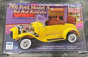 MINICRAFT 11240 1931 Ford Model A - Hot Rod Roadster 1/16 Model Car Kit - New