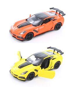 1 24 Scale 2019 Chevrolet Corvette ZR1 Diecast model car Orange/Yellow Motormax