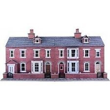 Metcalfe PO274 Low Relief Red Brick Terraced House Fronts (00) Railway Model