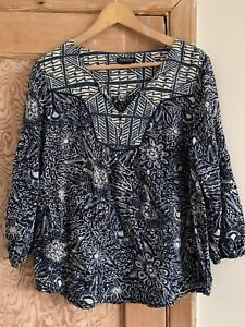 Women's Blue And White Boho Style Top From Lucky Brand Size M
