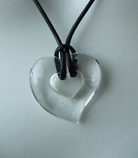 Echte Edelstein-Anhänger mit Bergkristall und Herz für Damen