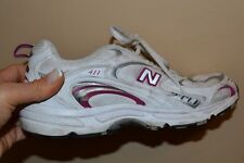 NEW BALANCE 411 Women's athletic shoes size 9 White with Pink Accent
