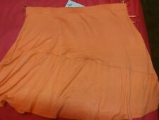 NEW LADY'S SKIRT SIZE 18