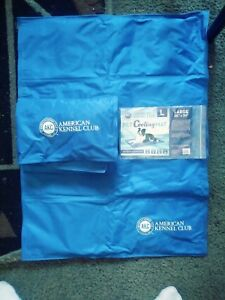 """American Kennel Club (AKC) Pet Cooling Mat- Large 26"""" x 20"""" blue."""