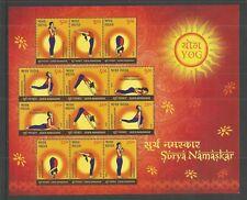 India 2016 posiciones de yoga Surya Namaskar MINIPLIEGO Um/M nh Lote L318