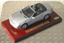 """Limitierte Auflage """"Maisto"""" Mercedes-Benz SL-Klasse, silbermetallic 1:18 Modell"""