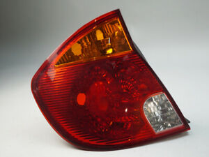 2003 - 2005 HYUNDAI ACCENT TAILLIGHT BRAKE LAMP ASSEMBLY REAR LEFT 92401257 OEM