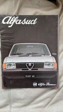 Alfa Romeo Alfasud 1981 car sales brochure Italian text/ Silver car