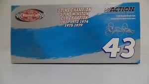 RICHARD PETTY #43 THE VICTORY LAP/7X CHAMPION 2003 INTREPIT 1 OF 7440  BOX B6