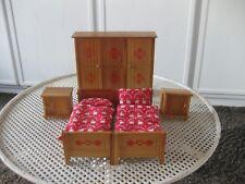 Puppenmöbel für Puppenhäuser - 5-teiliges Schlafzimmer aus Holz