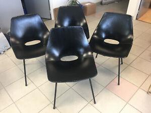 4 chaises tonneau de Pierre GUARICHE steiner années 50