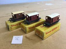 Triang TT Excellent Lot 12 T.72 Brake Vans Different Colours