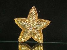 VTG. GOLDTONE 5 POINTED STAR W/TEXTURE THAT LOOKS LIKE A LEAF PIN/BROOCH  b538