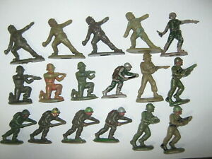British plastic toy soldiers 22 in 8 poses all damaged on tips repairs or spares