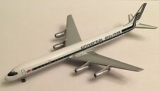 GEMINI JETS UNIVERSAL AIRLINES DC-8-61 - 1/400 SCALE