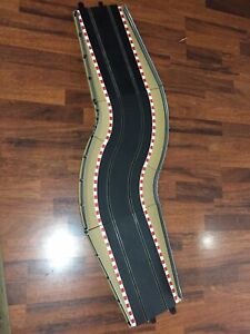 Scalextric Sports Fully Bordered And Fenced Chicane Track