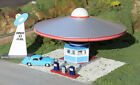Bachmann 35213 HO Area 51 Fuel with Pump Gas Station Building Kit