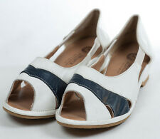 1940/50s 'Draper' Two-Tone Wide Fitting Shoes with Cut-Out Design Xtra Wide EEE