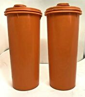 Lot of 2 Tupperware Vintage 4 Cup Orange Drink Container 262-5 w/Matching Lid
