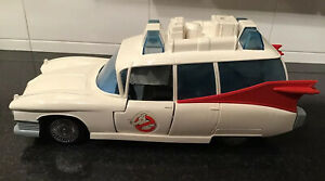 Vintage 1984 Ghostbusters Kenner Car ECTO 1