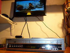 VIDEOREGISTRATORE SAMSUNG DVD VCR SV DVD50 COMBO  VHS REGISTRATORE