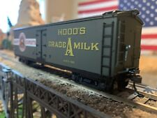 HO Scale Roundhouse Hood's Dairy 40' Wood Milk car #501 NICE DETAILS new in box!