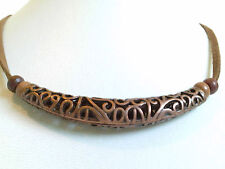 Filigree sleeve necklace