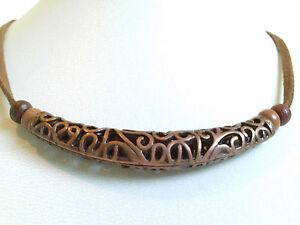 Filigree sleeve necklace