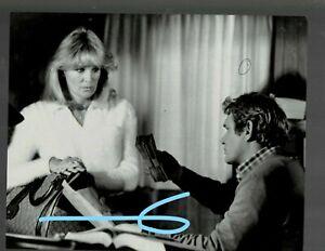 """RARE 8x10 VINTAGE 1981 LINDA EVANS & BO HOPKINS IN """"DYNASTY""""!!"""