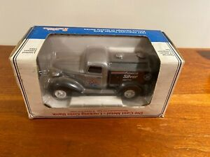 Chevrolet Model A Truck 1937 Amoco Silver Tanker Bank Limited Edition
